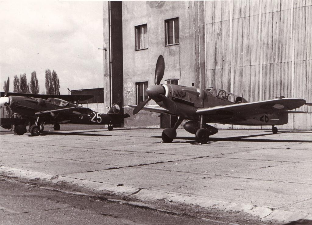 チェコのアヴィアS-199戦闘機