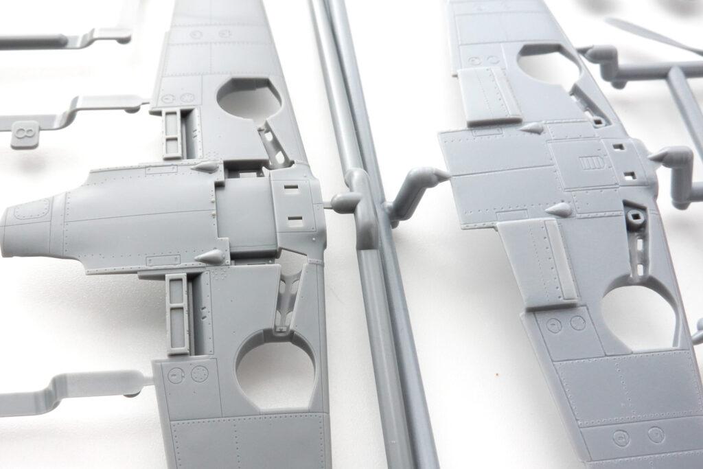 KPモデル 1/72 Avia S-199 プラモデル パーツの拡大 タミヤとの比較